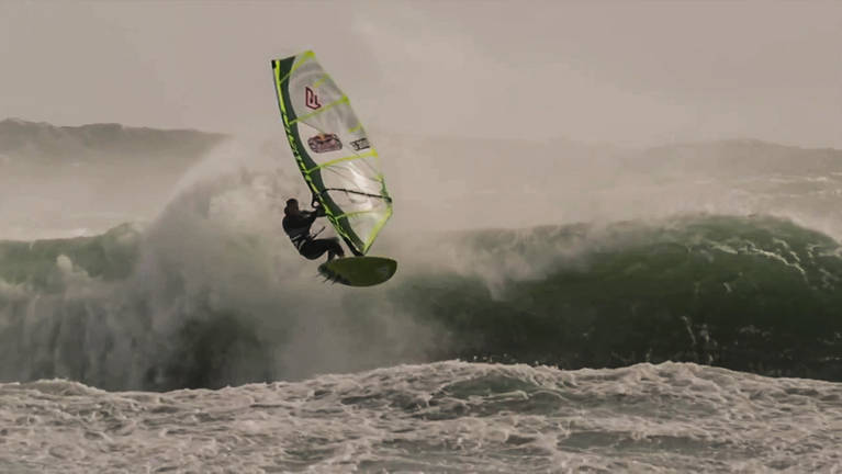 RED BULL Storm Chase Tasmania